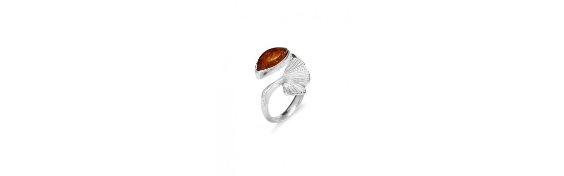 Rings with Baltic amber stones - Azuline