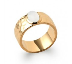 Hammered & Moonstone - Ring - Gold-Plated